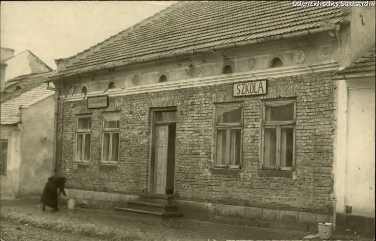 Wislica, Durch das Kreiskommando errichtete Schule