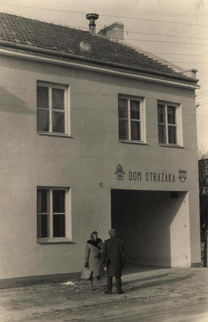 Nowo wybudowany Dom Strażaka w 1965 r. Zdjęcie z kroniki O.S.P. Wiślica